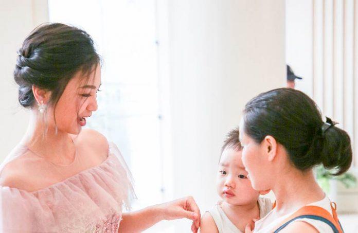 Báo điện tử HanoiTV chia sẻ bí quyết nuôi con bằng sữa mẹ của diễn viên Diệu Hương