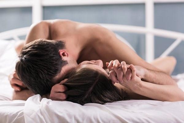 Tránh quan hệ vợ chồng sau sinh